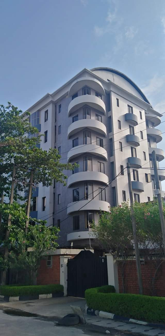 12NOS SERVICED 3BEDROOMS APARTMENTS FOR SINGLE TENANT